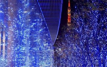 Blue light and reflection Mac wallpaper