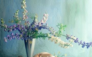 Bouquet Vase Pebbles Mac wallpaper