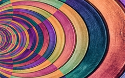 Colored round wooden Mac wallpaper