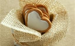 Cookies Hearts Glaze Box Gift Mac wallpaper