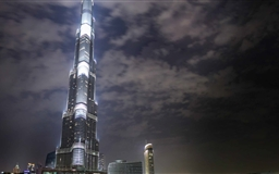 Burj Khalifa At night Mac wallpaper