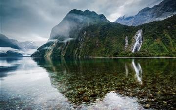 New Zealand Lake Landscape Mac wallpaper