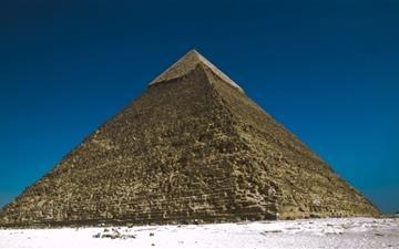 The Pyramids At Giza Egypt Mac wallpaper