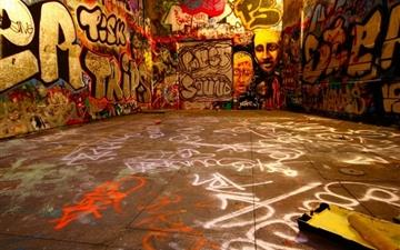 Graffiti room Mac wallpaper