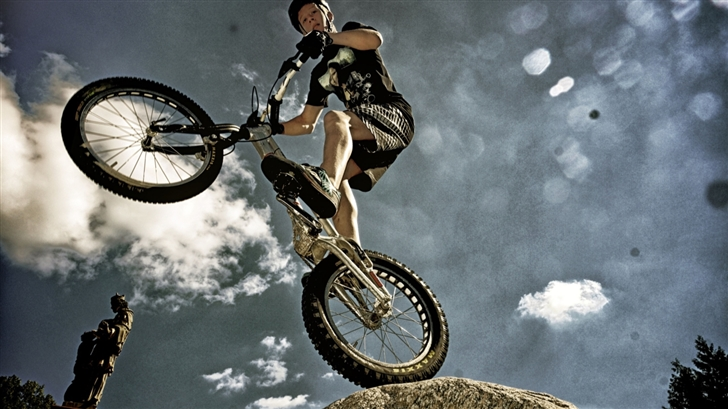 Bike Trial Mac Wallpaper