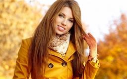 Girl In Autumn Mac wallpaper