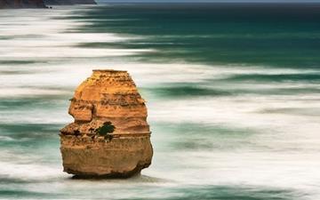 Ocean Rock For Mation Mac wallpaper