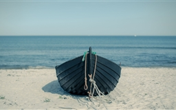 Boat On The Beach Mac wallpaper