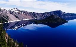 Crater Lake Panorama Mac wallpaper