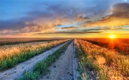 Long Road In Montana Mac wallpaper