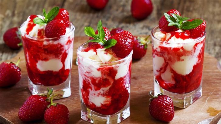 Strawberry Ice Cream Dessert Mac Wallpaper