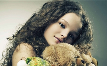 Girl With Toys Mac wallpaper
