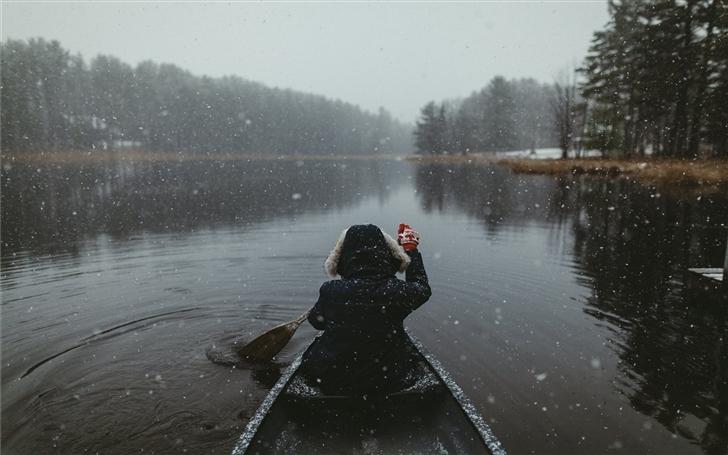 Snowy Paddles in the ADK's Mac Wallpaper