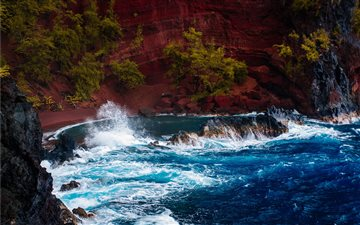 Red sand ocean bay Mac wallpaper