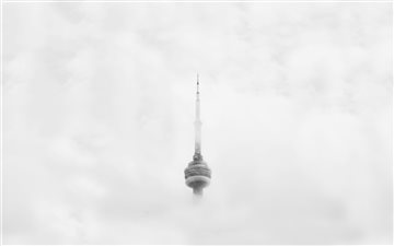 CN Tower Through Clouds Mac wallpaper