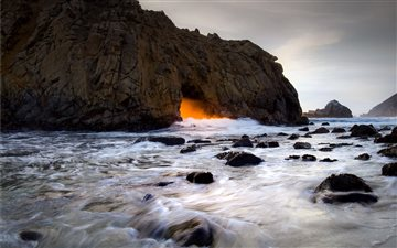 Pfeiffer Beach Sunset Mac wallpaper