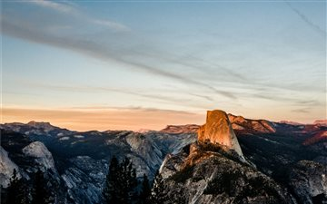 Half Dome at sunset Mac wallpaper