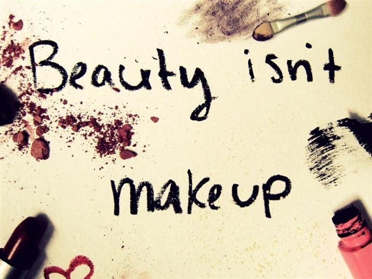 Beauty Is Not Make Up Mac Wallpaper