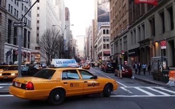 Taxi Street New York United States Mac wallpaper