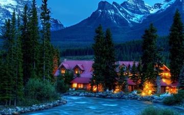 Mountain resort Mac wallpaper