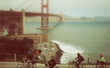 Biking In San Francisco Mac wallpaper