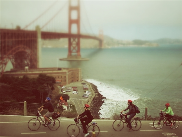 Biking In San Francisco Mac Wallpaper