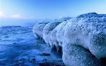 Ice-Shore Mac wallpaper