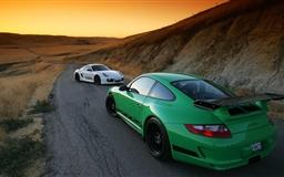 Race track Mac wallpaper