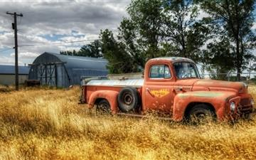 A truck Mac wallpaper