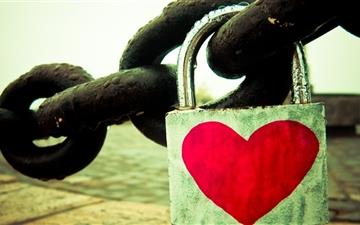 Love Lock Mac wallpaper