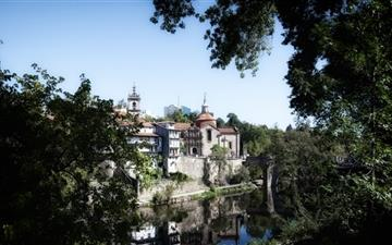 Amarante Portugal Mac wallpaper