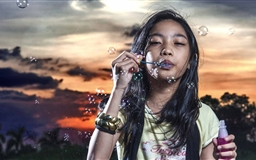 Blowing Bubbles Mac wallpaper