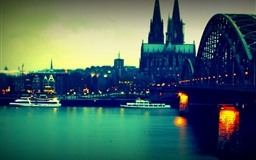 Koln Bridge 2 Mac wallpaper