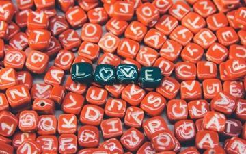 Love Heart In Red Mac wallpaper