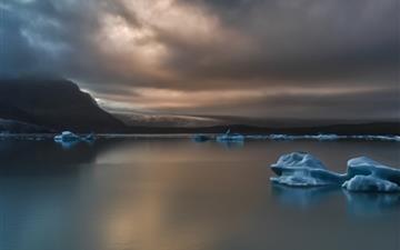 Glacier 1 Mac wallpaper