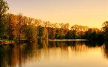 Park Lake Autumn Mac wallpaper