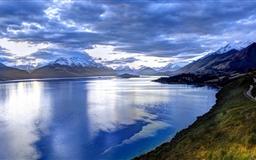 Lake In New Zealand Mac wallpaper