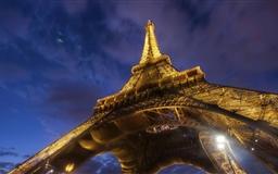Eiffel Tower Mac wallpaper