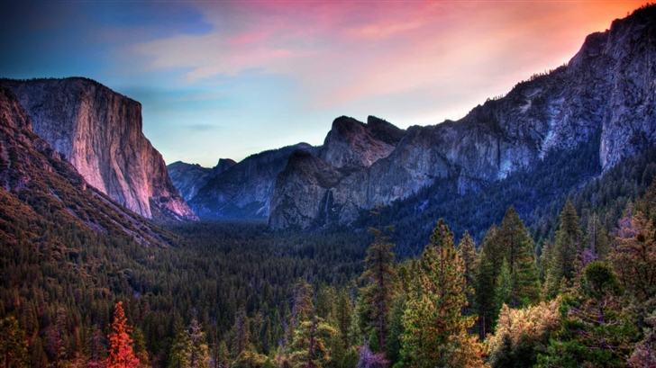 The Yosemite Valley Mac Wallpaper