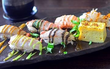 Delicious Sushi Mac wallpaper