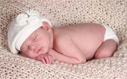 Newborn Baby Boy Mac wallpaper