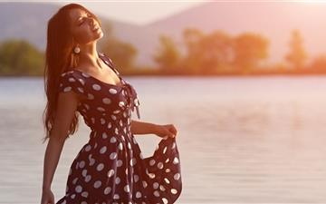 Girl In Dress Morning Mac wallpaper