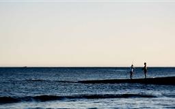 Man Fishing Mac wallpaper