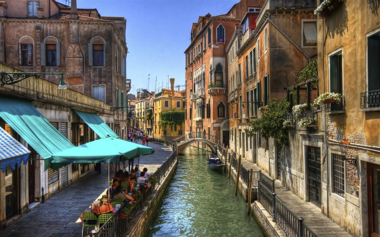 Venice Channel Building Mac Wallpaper Download | Free Mac ...