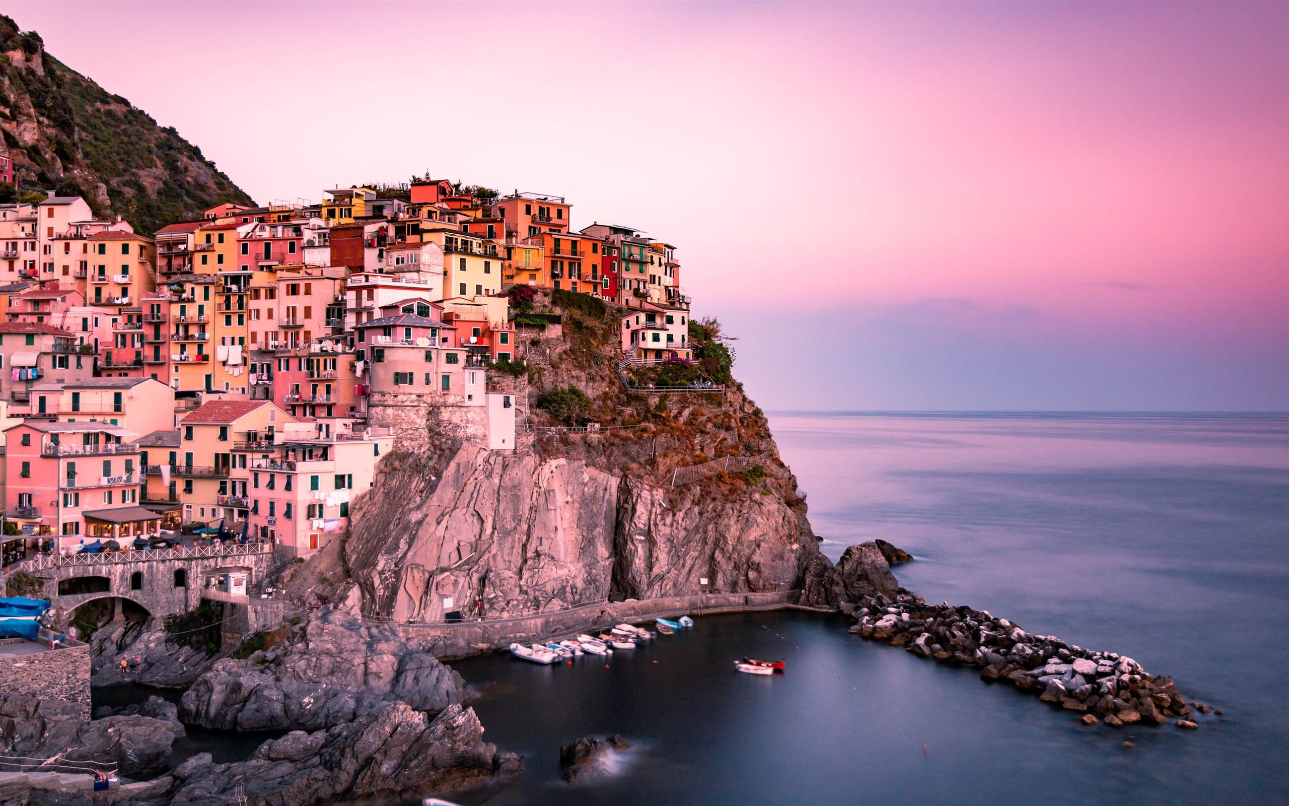 Manarola, Italy Mac Wallpaper Download
