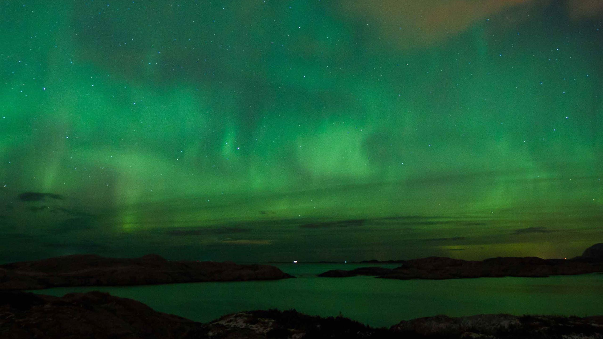 Aurora Borealis Norway Macbook Air Wallpaper Download Allmacwallpaper