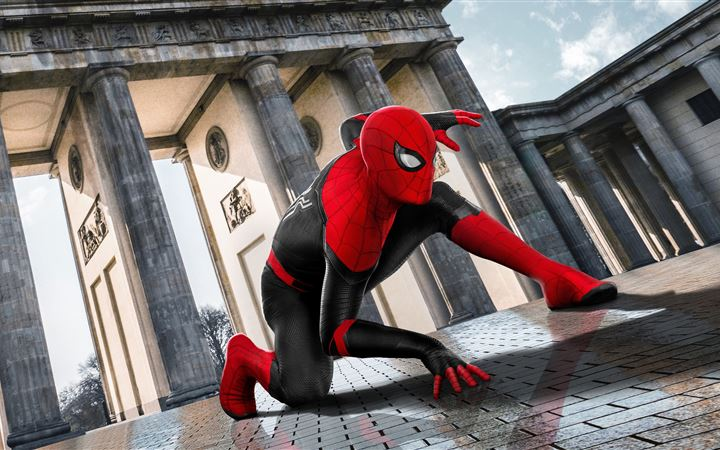 2019 spider man far from home movie poster iMac wallpaper