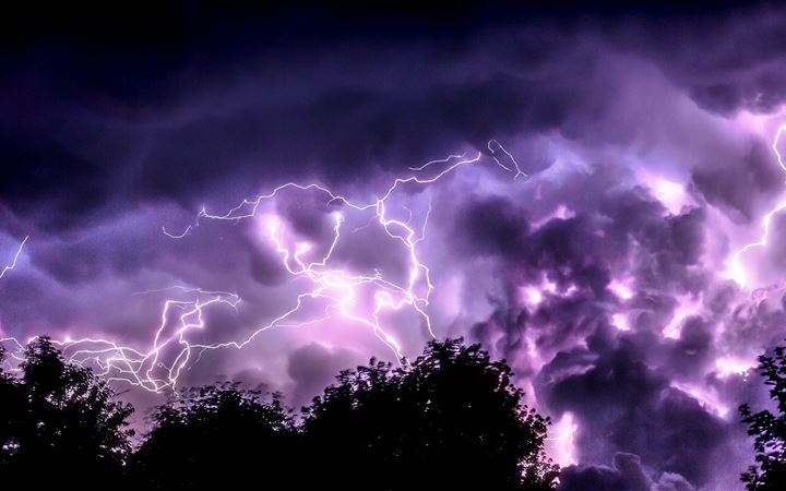 Lightning and trees iMac wallpaper