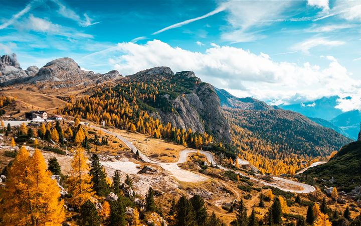 italy autumn forest 5k iMac wallpaper