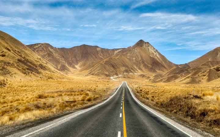 new zealand open roads to mountains 5k iMac wallpaper
